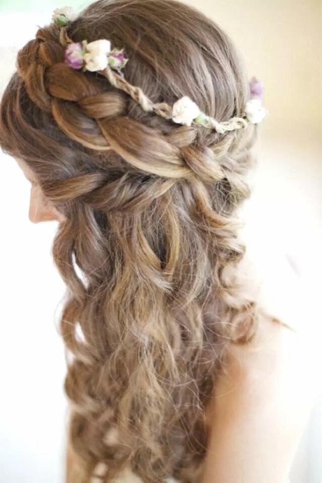 Braids and curls! What a classic!!! 💖❤️