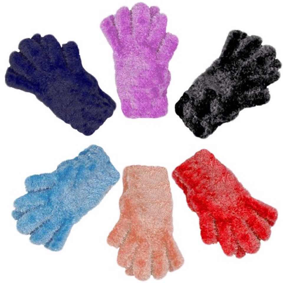 Just put on your fuzzy gloves and dust your house quickly and easily. Great for tiny things like nicknacks. Once you're done just put them in the washing machine and they are good as new! Just a tip- use dark gloves so they don't get stained and you can still wear them on cold days!