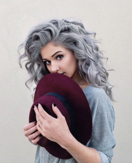 10. Grey Curly Dyed Hairstyle