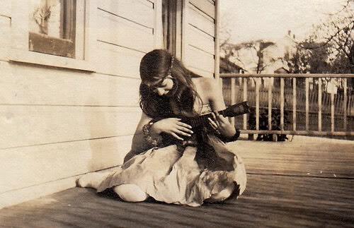 Here's some of my favorite FREE websites for ukulele songs and stuff: https://ukutabs.com http://www.ukulele-tabs.com http://sanjoseukeclub.org