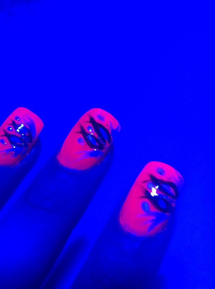 In UV light!