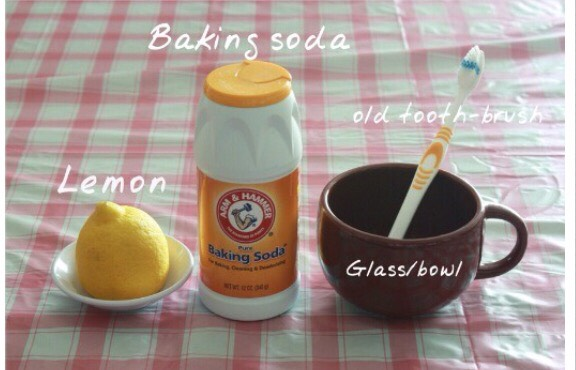 Mix 3 tablespoons of baking soda and lemon juice