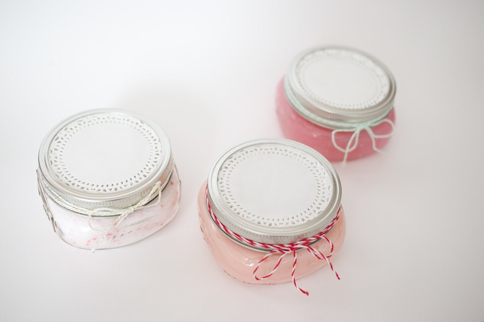 For a cute finishing touch, add a doily to the top of the lid and a bow. These are perfect for Valentines or Christmas gifts!