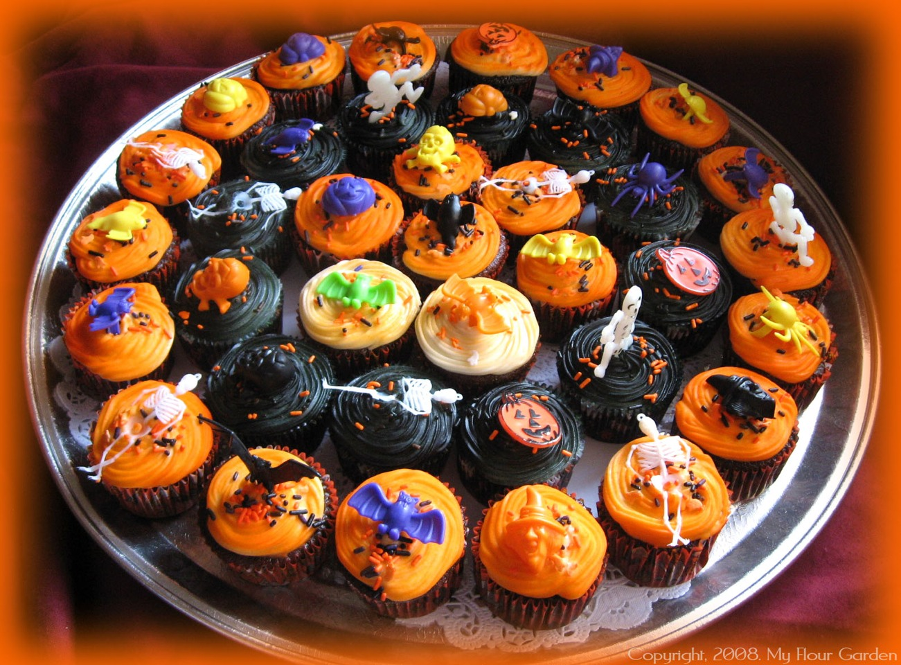 Try making some super scary cupcakes or cake-pops