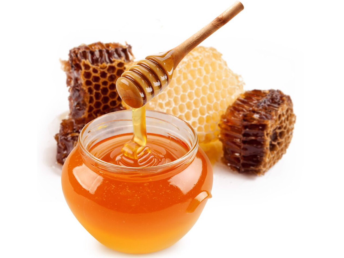 Honey:Honey: honey is moisturizing and a humectant (has the ability to cling onto moisture) making it suitable for dry hair. Be aware that it also lightens the colour of your hair (bleaching effect). Use as much as necessary (not too much or you'll be left with sticky hair)