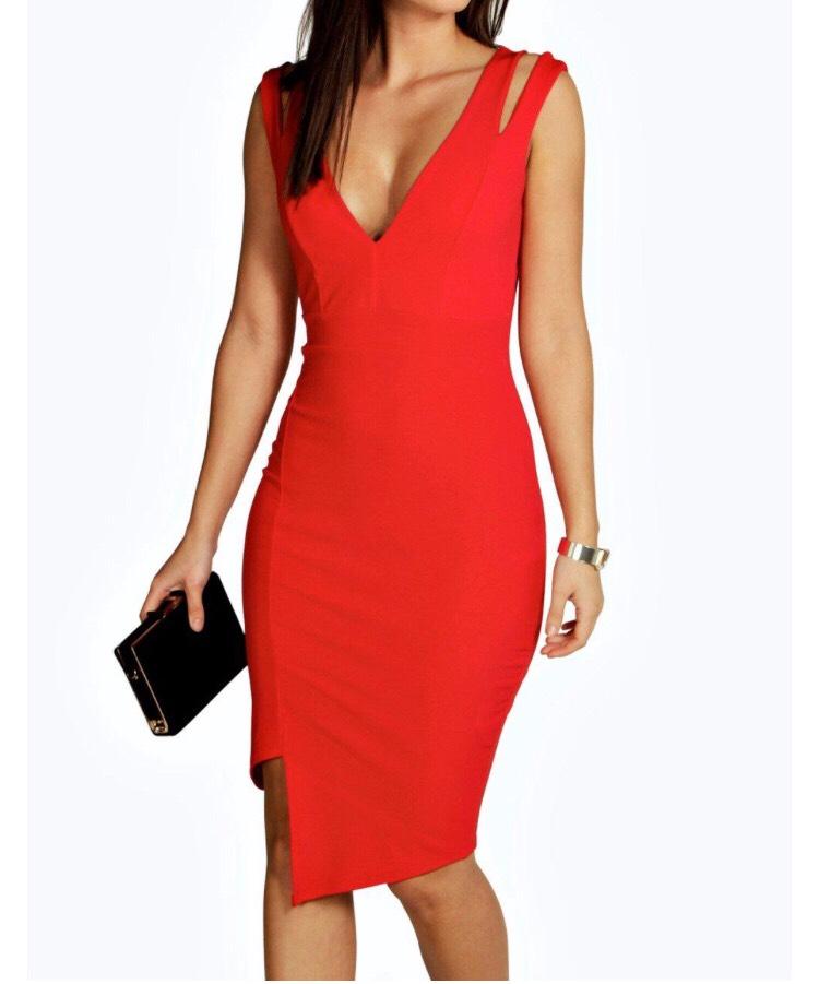 Boohoo.com Serena cut out asymmetric dress in red £18.00