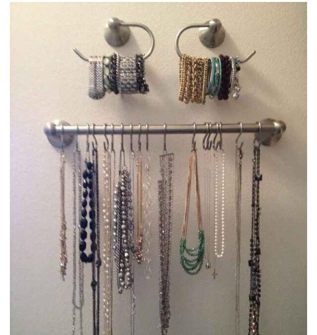 Repurpose bathroom hardware to DIY jewellery rack