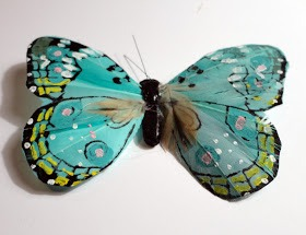 I wanted to wear the butterfly as a necklace and coating it with resin will make it a sturdy pendant.