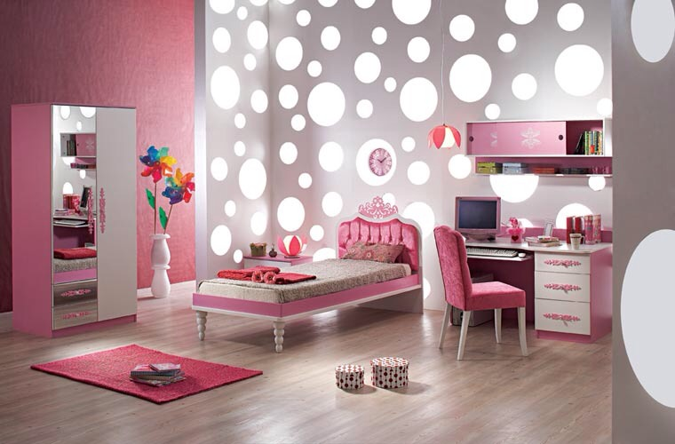 If you like pink this is a room for you 💖