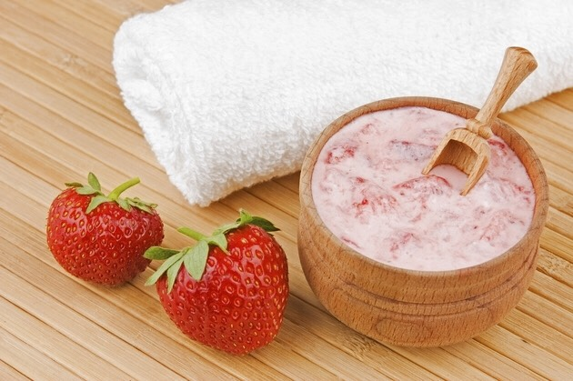 Strawberry face mask🍓