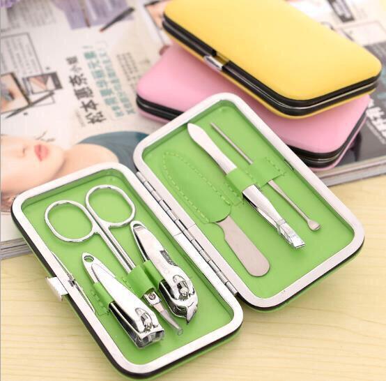 Any small travel nail kit