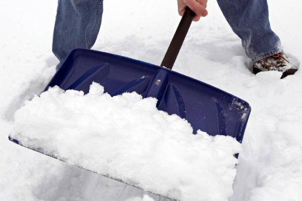 9.) Is shoveling snow too much effort?: Make the process a little smoother by spraying non-stick cooking spray on your shovel. The snow will glide right off.