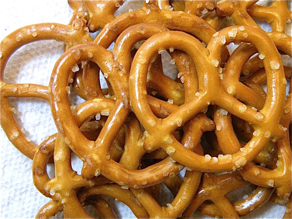 5. Pretzels:  They're low in fat and low on nutrition. They're basically empty calories! Though pretzels themselves are not unhealthy, they're basically all sugar so they'll make you hungrier and you'll gain weight as a result of over-eating. They are usually also high in sodium!
