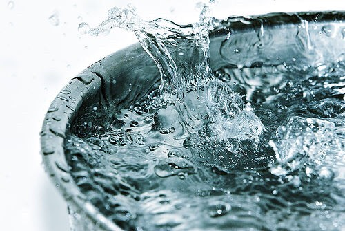 Cold water. Washing your face every night and morning will make you look and feel awake. Helps with wrinkles. Dark under eye circles and dry skin.