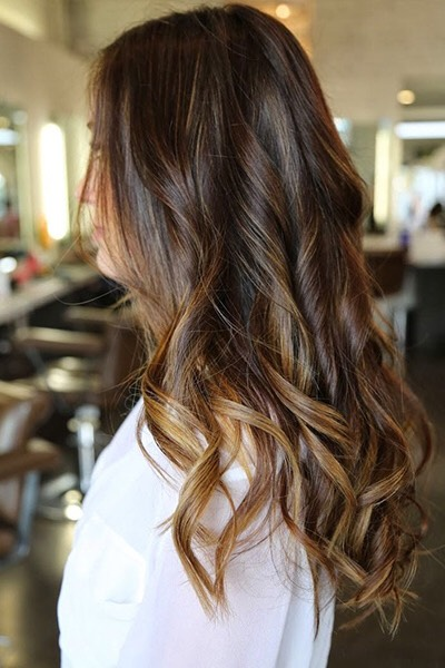 Ombré doesn't have to be dramatic. Just look at this deep, rich brown, which fades into a subtle caramel shade around the ends.
