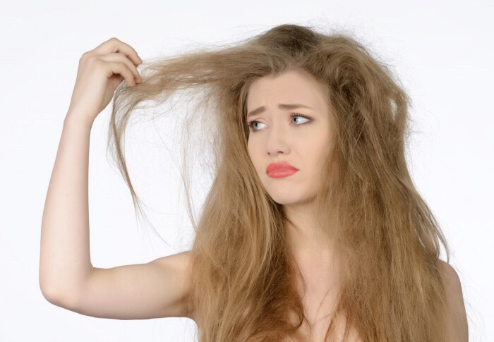 Are you tired of your frizzy hair? Try these 5 home remedies 😊
