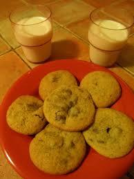 5) For supper, I normally eat a cookie or just an apple. I drink either a glass of milk, water or another cup of tea.