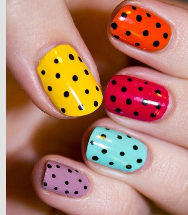 See how the small dots are evenly spaced to give a really cute little design.