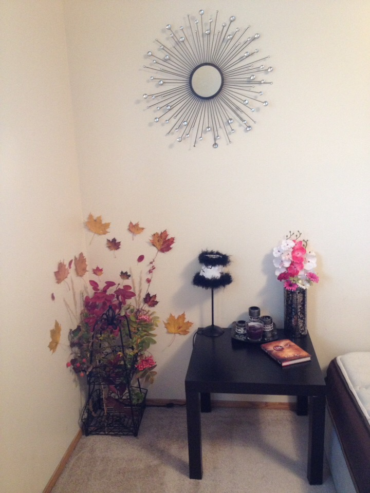 It transformed my boring Corner into something original and pretty, try it! Like it! Share it!!