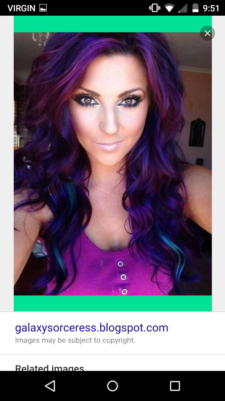 You can tell that she's naturally a #brunette, but these purple and #violet #blue shades woven within is #gorgeous!
