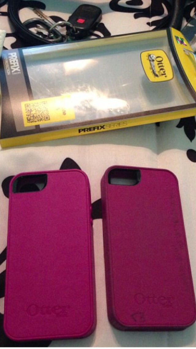 Have a old broken otter box phone case?! Go on their website send in a couple of photos and they will send you a free no cost free shipping new phone case!