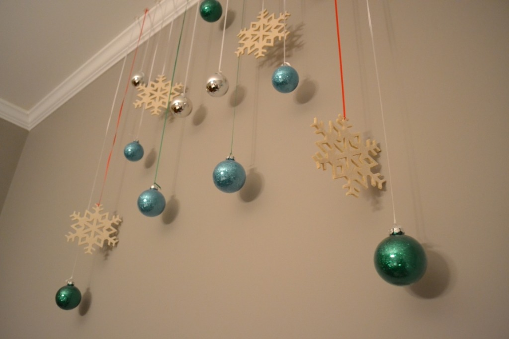 For this first DIY all you need is ribbon or fishing string and some ornaments now this is self explanatory just put the ribbon through the ornaments and hang them like the picture or you can do all around the ceiling 👍 and there you go