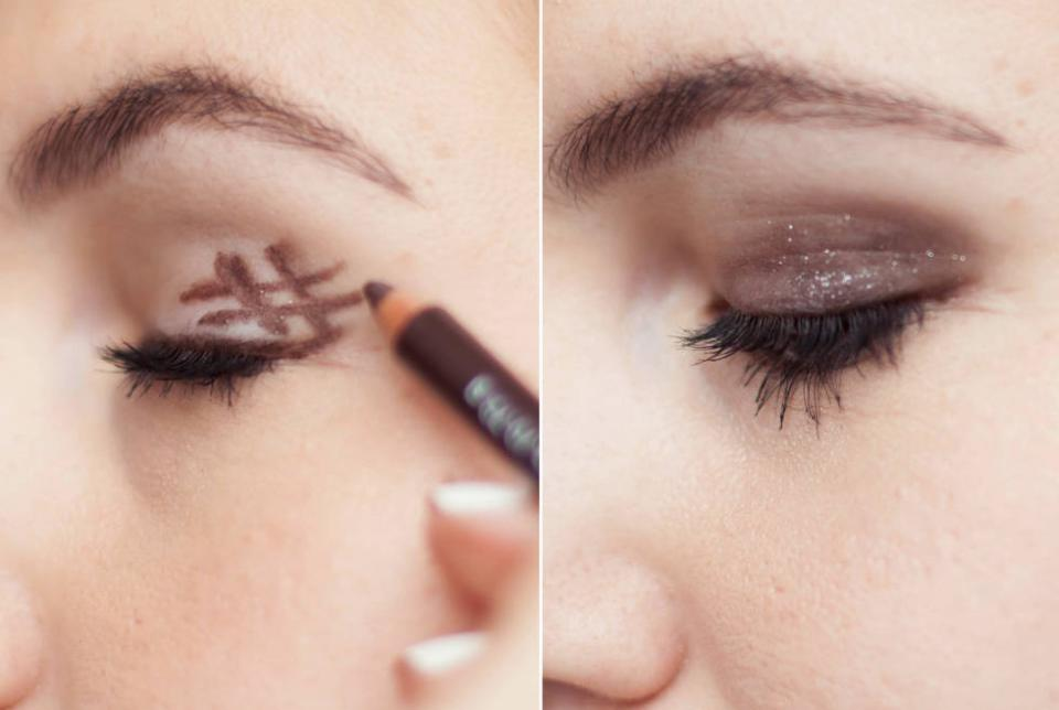 18. Get the perfect smoky eye by drawing a hashtag on the outer corner of your eyelid and smudging it out with the sponge. Keep drawing hashtags and smudging it out to get a darker, smokier look.