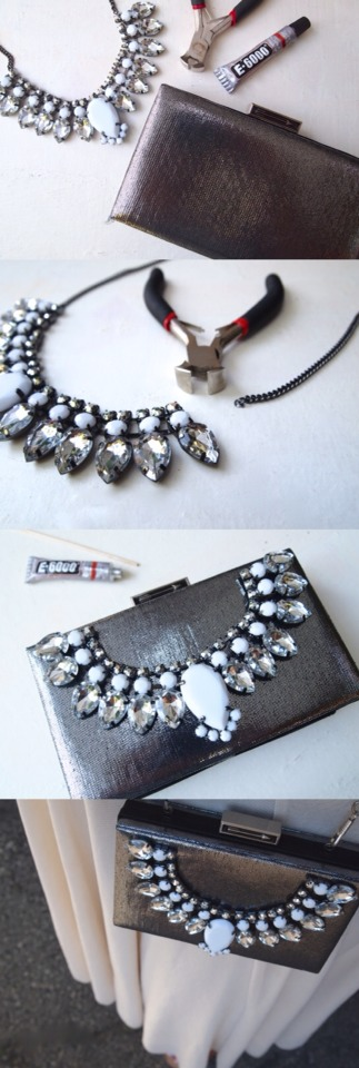 Double click for full view - Please don't forget to like 👍  A jeweled clutch is the perfect accessory for almost any outfit. It will dress up a flirty sundress or bring the glitz to your cocktail attire.