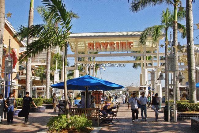 Bayside shopping store entrance