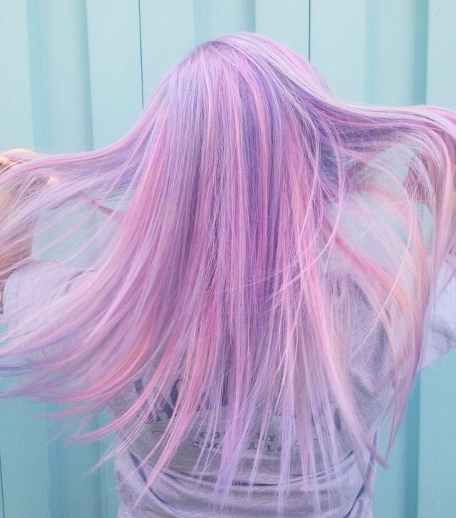 17. Lavender Candy Pearlesence Hairstyle