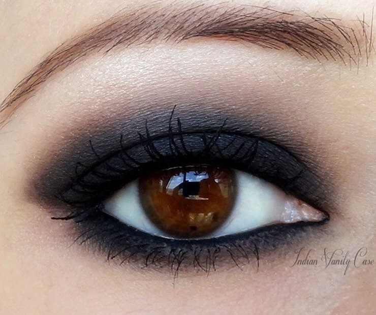 Try applying mascara after eyeshadow and eyeliner.  We all know the shape and impact that eyeliner and eyeshadow provide! Applying mascara on after your other eye makeup means you may find that you need less than you thought.