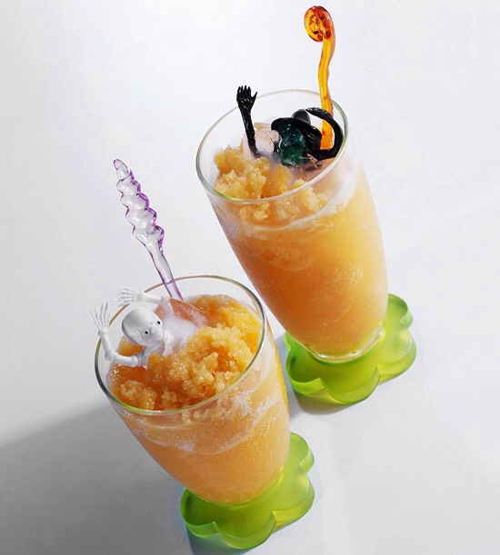 Orange Juice Slush A combination of tasty fruit juices turn this Halloween treat into a delicious slush for any occasion. Apricot nectar, orange juice, sliced peaches, and lemon-lime soda give this drink a tasty zing. Start to Finish: 8 hrs 10 mins