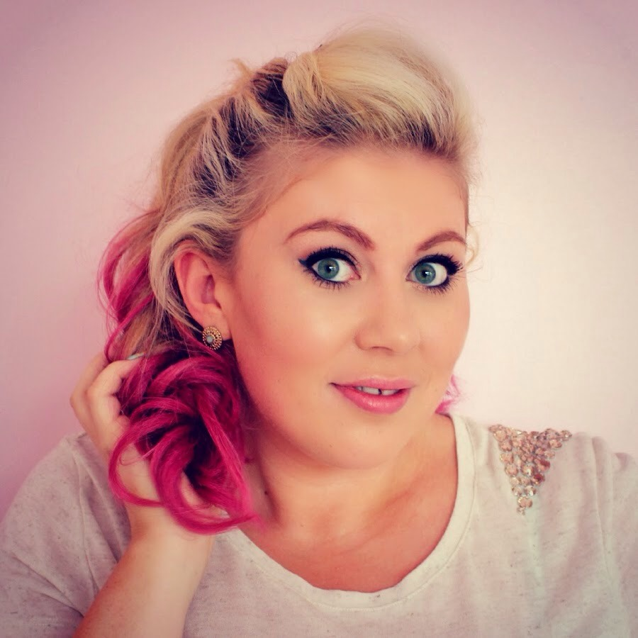 Louise is also good with advice and very entertaining, her YouTube is sprinkleofglitter