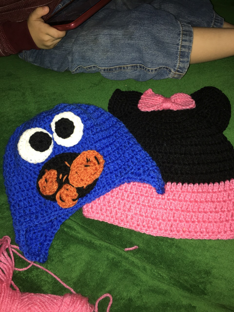 Cookie monster and minnie mouse