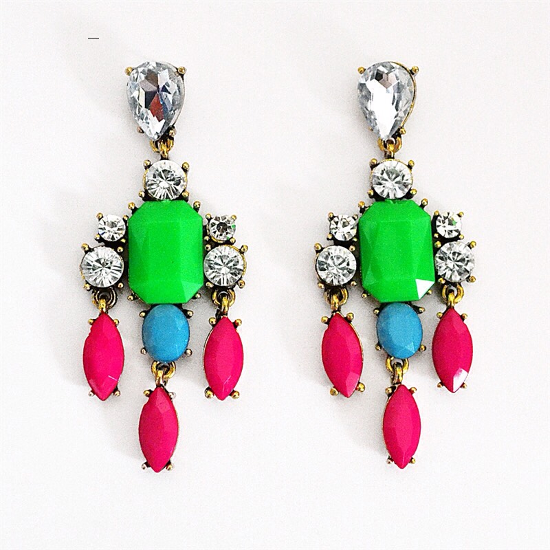 9. Accessorize Boldly.