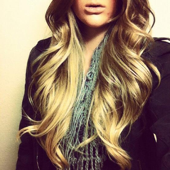 Wavy dip die curls are great👌