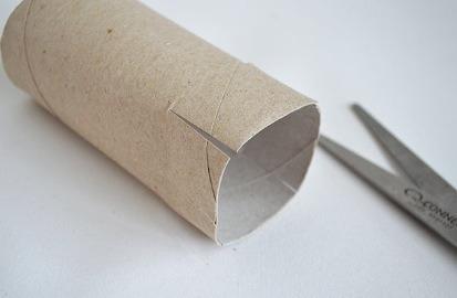 Step 1: make 4 slits on one side on the roll