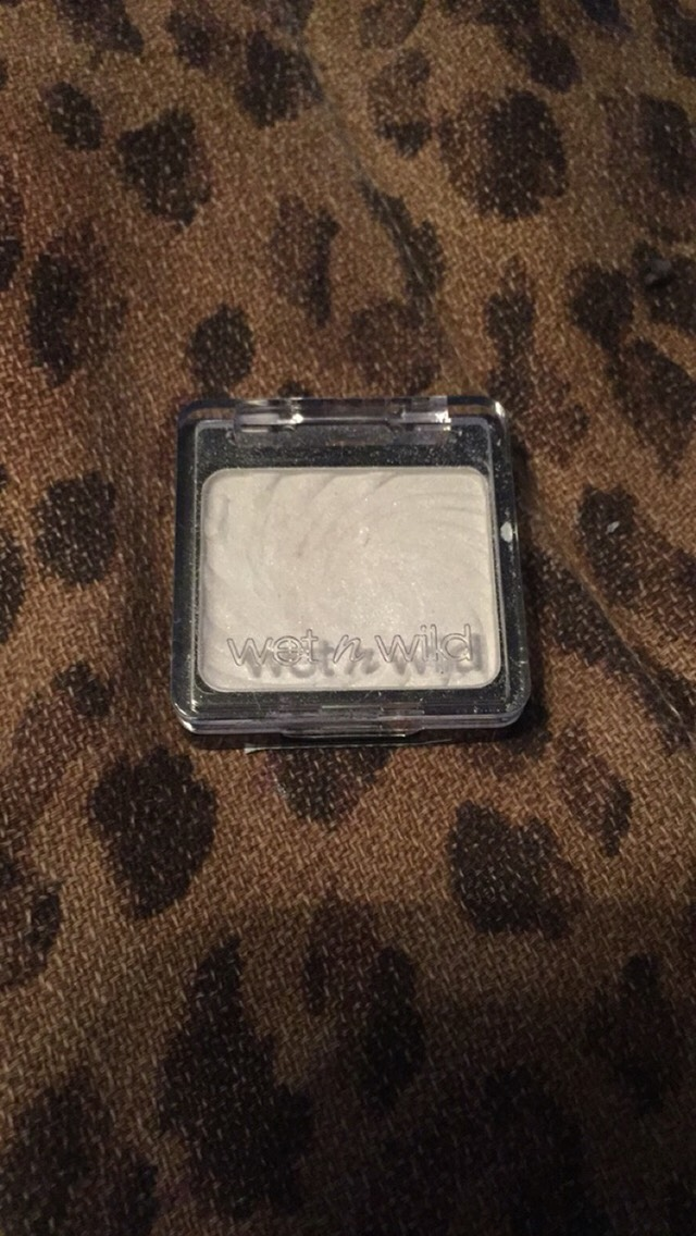 I used this white eyeshadow on the base from wet n wild