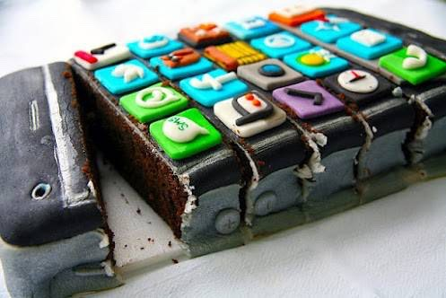 Chocolate i Phone cake