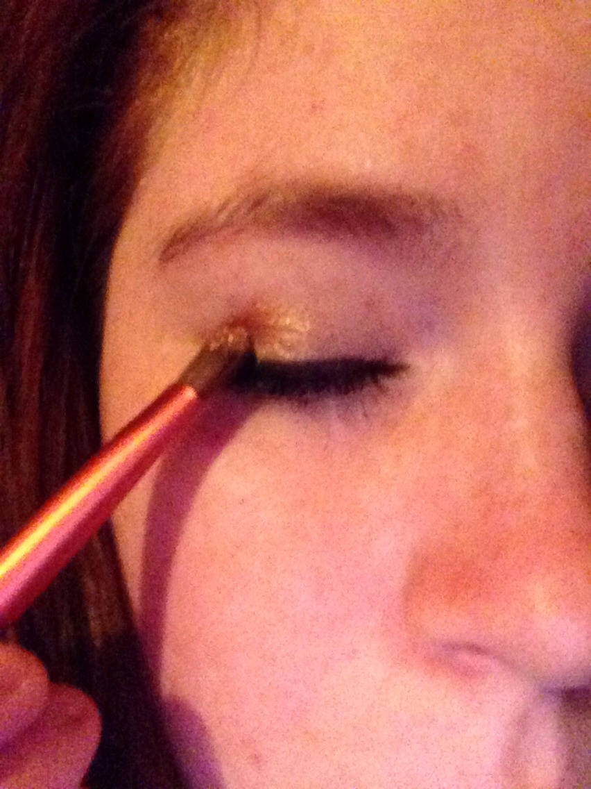 Apply to the eye by dabbing the glitter on. Everywhere there is Chapstick the glitter will stick.