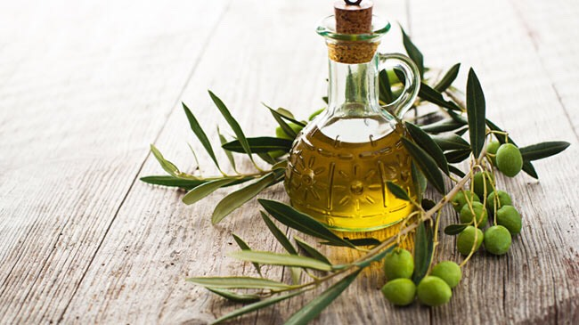Remedy #8: massage olive oil over the scar↠