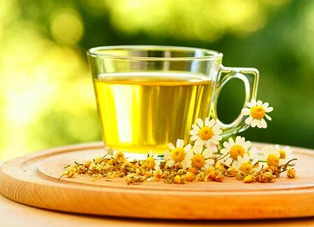 you're going to need to ditch the soda.. diet sodas too.. drink lots of water! it does wonders for your body. if you get tired of plain water, try herbal teas.. hot or cold! they come in so many flavors and have different benefits for your body! if you want to sweeten it, add some honey or stevia!