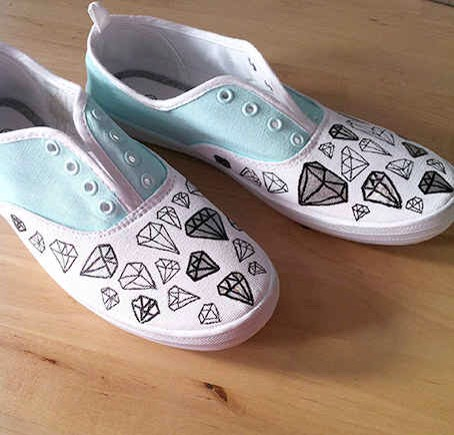 4. Use a sharpie for a easy way to add a cute pattern.  Try a repeating design like diamonds or triangles.