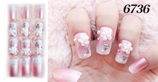 If you like these nails you better hurry they only have nine left on wish