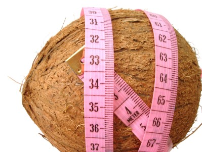 2. Coconut Oil Can Increase Your Energy Expenditure, Helping You Burn More Fat:  The medium chain triglycerides in coconut oil have been shown to increase 24 hour energy expenditure by as much as 5%, potentially leading to significant weight loss over the long term.