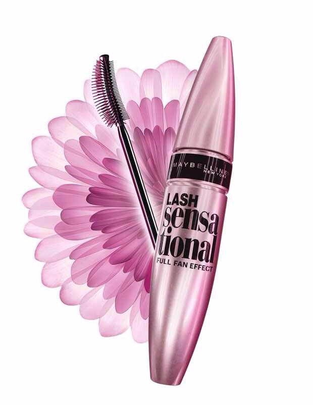 Maybeline do great mascaras for the drug store and they've done it again,this mascara is amazing honestly if you really want the fanned out look and thick and long at the same time you should get this it's literally the best Maybeline mascara in my opinion☺️🎀
