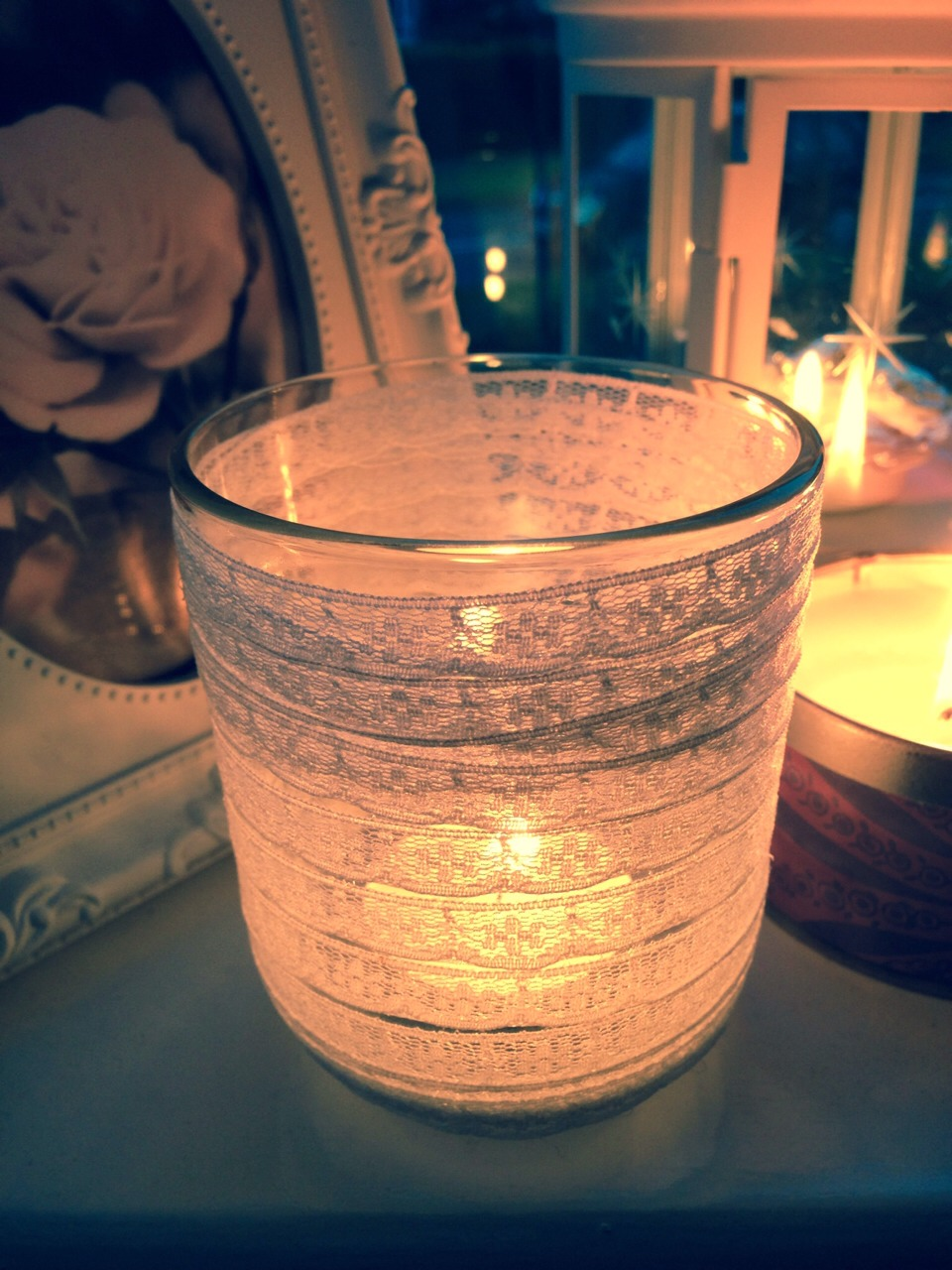 Cute, simple and easy DIY candle holder.