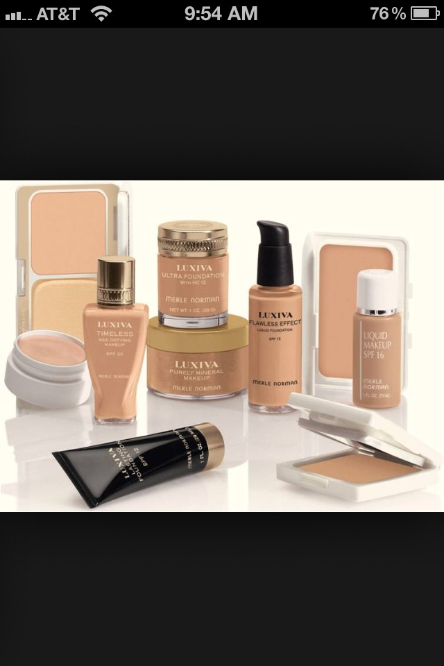 STEP 1.) Take any kind of Concelor, foundation, it can be powdery or liquid!!❤💓