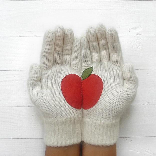 11. Gloves to wear when you go to the orchard.  http://fab.com/product/apple-gloves-white-487069/?ref=sr-p7&pref[]=search%7Capple&pos=6&utm_campaign=Fab_Home_TextLink&utm_source=Skimbit+Ltd.&utm_medium=affiliate