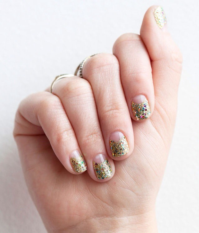 Perfect Party Nails - Musely